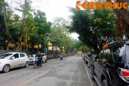Duong pho Ha Noi thoang dang trong ngay do xe chan le - Anh 14