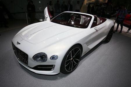 Ngam Bentley EXP 12 Speed 6e 'dep me hon' tai Geneva - Anh 6