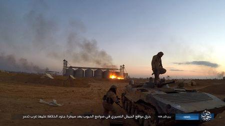 'Chet soc' so vu khi phien quan IS tom duoc o Palmyra - Anh 5