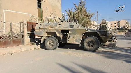 'Chet soc' so vu khi phien quan IS tom duoc o Palmyra - Anh 6