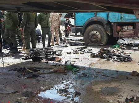 Hien truong danh bom kep o Damascus, hon 130 nguoi thuong vong - Anh 3