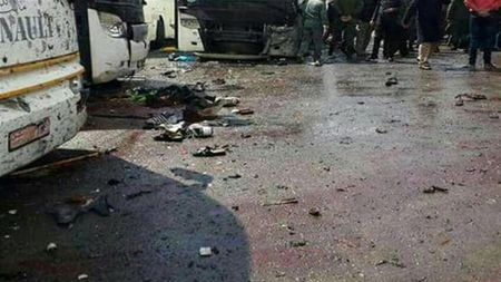 Hien truong danh bom kep o Damascus, hon 130 nguoi thuong vong - Anh 7