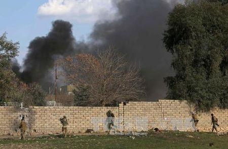Luc luong Iraq tien sau vao Tay Mosul, IS suy kiet suc khang cu - Anh 1