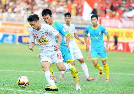 V.League 2017: Chu nha Hoang Anh Gia Lai va SHB Da Nang deu khong chien thang - Anh 1