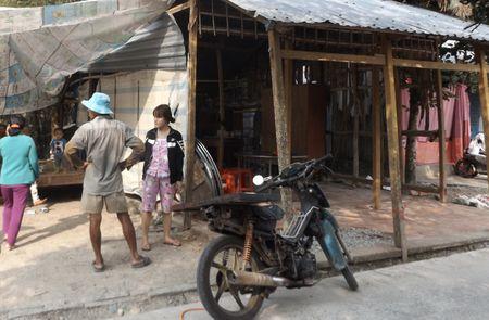 Tinh tiet bat ngo vu thi the doi nam nu nam guc chet o Soc Trang - Anh 3