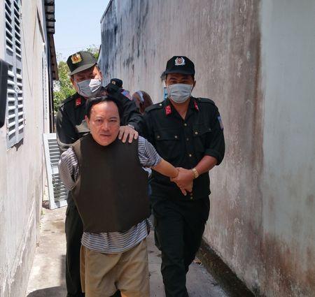 Tinh tiet bat ngo trong vu nhan vien dam Truong phong Tu phap huyen - Anh 1