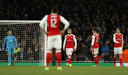 Arsenal - Lincoln: Sau mot cuoc tham bai - Anh 1
