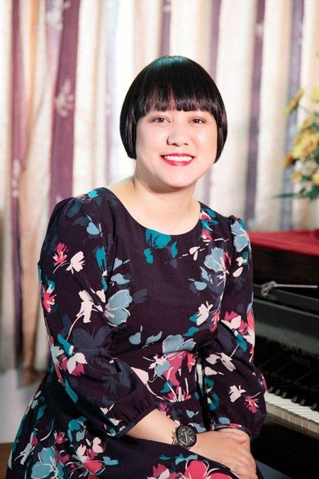 """Me Ngoc Linh """"Tinh tho"""" khong muon con gai quay lai showbiz sau nhieu nam binh yen - Anh 2"""
