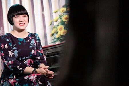 """Me Ngoc Linh """"Tinh tho"""" khong muon con gai quay lai showbiz sau nhieu nam binh yen - Anh 6"""