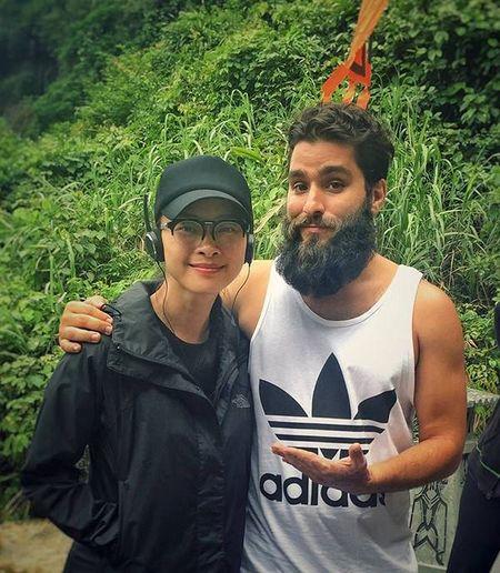 "Khong tham gia dong phim, Ngo Thanh Van van xuat hien trong ""Kong: Dao dau lau"" - Anh 2"