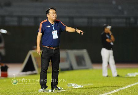 HLV Binh Duong: ' Chung thoi thua vi doi khong con cau thu gioi' - Anh 10