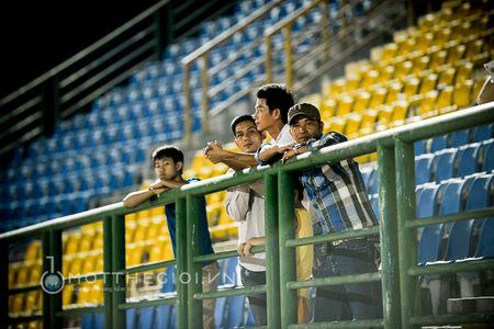 HLV Binh Duong: ' Chung thoi thua vi doi khong con cau thu gioi' - Anh 14