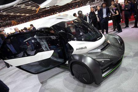 Airbus ra mat xe vua chay vua bay Pop.Up tai Geneva 2017 - Anh 2