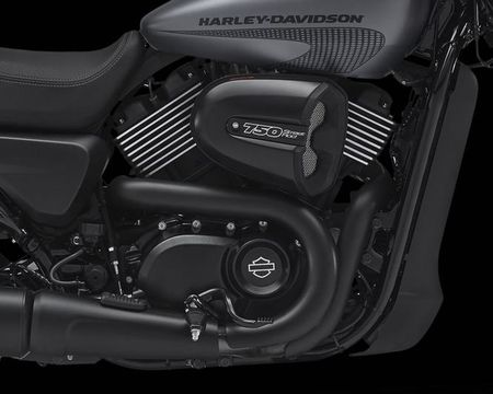 Harley-Davidson trinh lang Street Rod 2017 gia hon 200 trieu dong - Anh 10