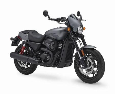 Harley-Davidson trinh lang Street Rod 2017 gia hon 200 trieu dong - Anh 2