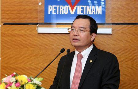 Tieu diem kinh te tuan: Chu tich PVN dieu chuyen ve Bo Cong Thuong - Anh 1