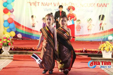 Hoi cho am thuc 'Viet Nam va nhung nguoi ban' - Anh 13