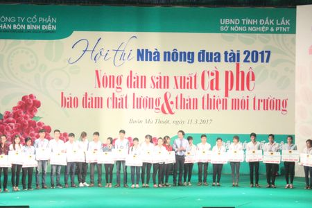 Festival ca phe Buon Ma Thuot: Soi dong Hoi thi Nha nong dua tai - Anh 11