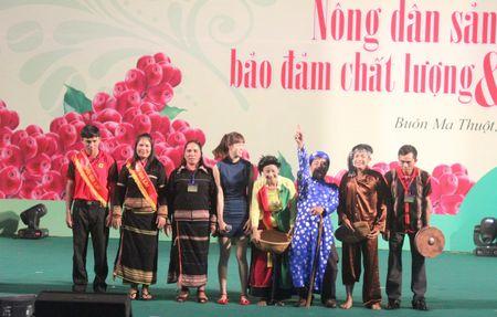 Festival ca phe Buon Ma Thuot: Soi dong Hoi thi Nha nong dua tai - Anh 5
