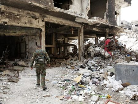 Chien su Syria: Quan Assad danh sap duong ham thanh chien o Damascus - Anh 1