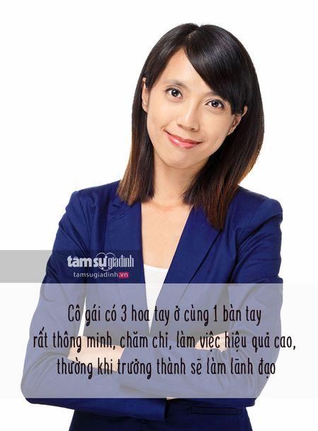 Nhin hoa tay doan tinh cach va van so cua phu nu 'chuan khong can chinh' - Anh 4