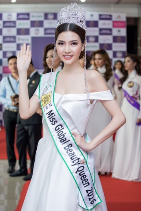 Ngoc Duyen tro thanh giam doc quoc gia Miss Global Beauty Queen Vietnam - Anh 1
