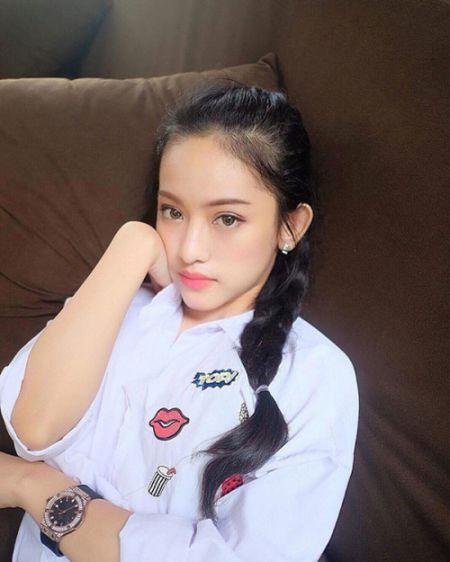 Hanh trinh thay doi phong cach thoi trang cua Thuy Vy bong choc thu be lai bang 4 tam hinh tai The Face Online! - Anh 12
