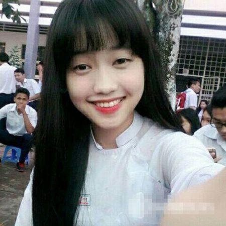 Hanh trinh thay doi phong cach thoi trang cua Thuy Vy bong choc thu be lai bang 4 tam hinh tai The Face Online! - Anh 3
