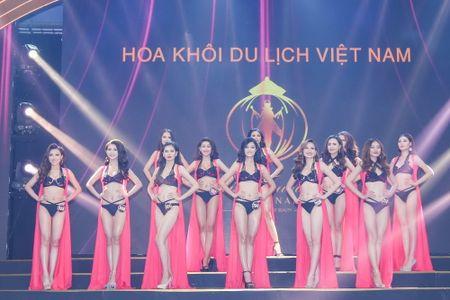 Khanh Ngan dang quang 'Hoa khoi Du lich Viet Nam 2017' - Anh 4