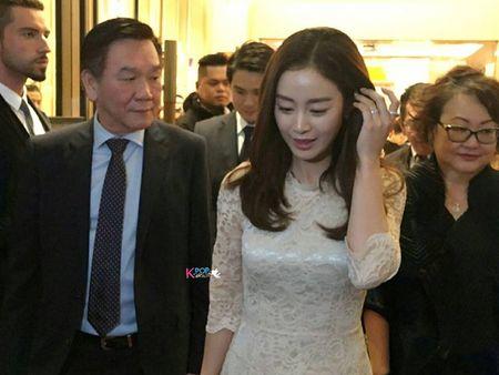 Kim Tae Hee du su kien o Malaysia lan dau sau dam cuoi - Anh 2