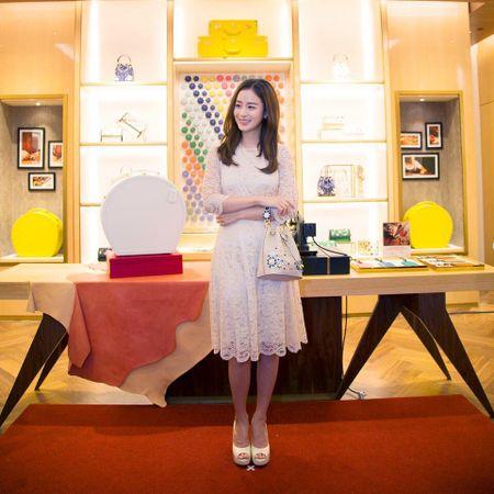 Kim Tae Hee du su kien o Malaysia lan dau sau dam cuoi - Anh 5