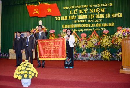 Ky niem 70 nam thanh lap Dang bo huyen Tran Yen va don nhan Huan chuong - Anh 1