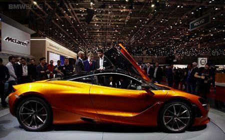 'Boc tem' sieu xe McLaren 720S moi trinh lang - Anh 2