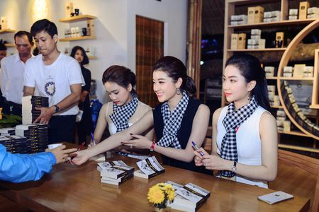 Ngoc Han, Huyen My, Ngoc Van duoc 'san don' o Le hoi ca phe Tay Nguyen - Anh 4