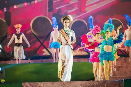 Ngoc Han, Huyen My, Ngoc Van duoc 'san don' o Le hoi ca phe Tay Nguyen - Anh 6
