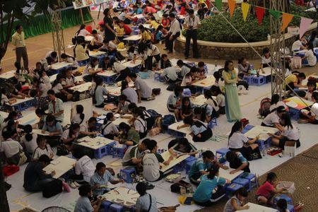 TP. Ho Chi Minh: Hon 1.500 hoa si nhi so tai ve tranh 'Net ve xanh nam 2017' - Anh 5