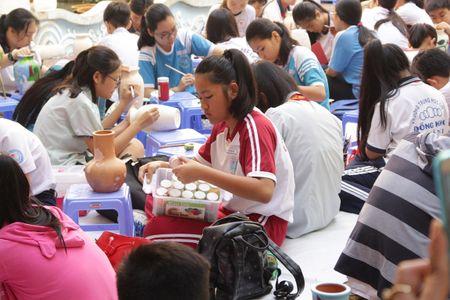 TP. Ho Chi Minh: Hon 1.500 hoa si nhi so tai ve tranh 'Net ve xanh nam 2017' - Anh 7