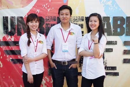 Sinh vien 'huong loi' voi chuong trinh dao tao mang 'tinh than' doanh nghiep - Anh 1