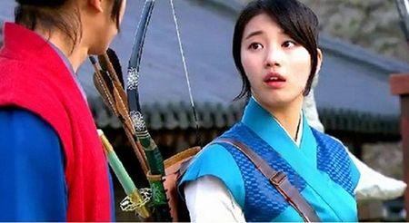 Nhung loi hai huoc trong phim co trang Han Quoc - Anh 11