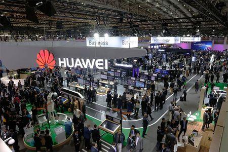 Huawei thuc day chuyen doi KTS, dan dau cong nghe moi tai CeBIT 2017 - Anh 1