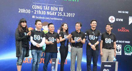 Hon 1.000 tinh nguyen vien di bo va dap xe huong ung Gio trai dat 2017 - Anh 2