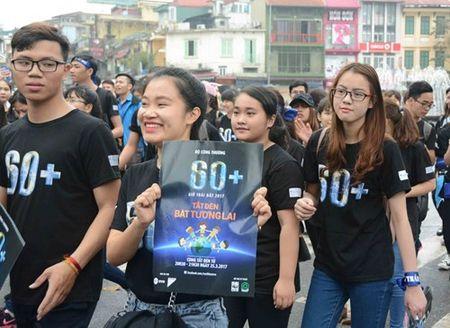 Hon 1.000 tinh nguyen vien di bo va dap xe huong ung Gio trai dat 2017 - Anh 7