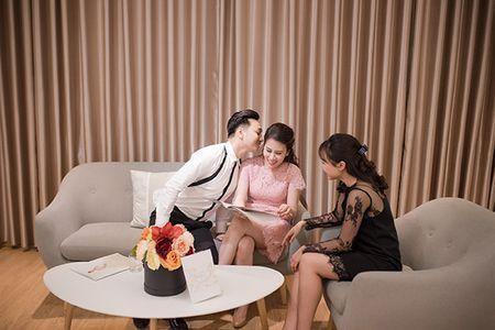 MC Thanh Trung va vo 9X di thu vay cuoi - Anh 6
