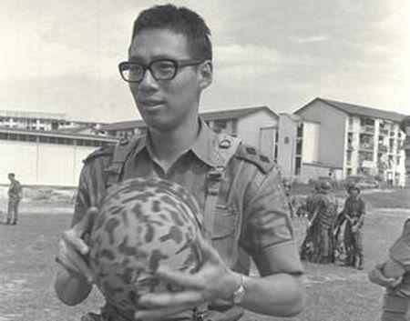 Cuoc doi Thu tuong Singapore Ly Hien Long qua anh - Anh 5