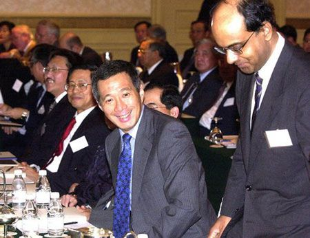 Cuoc doi Thu tuong Singapore Ly Hien Long qua anh - Anh 9