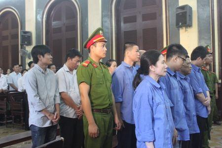 Vu an Agribank Ben Thanh: Toa tam dung, tra ho so dieu tra bo sung - Anh 1