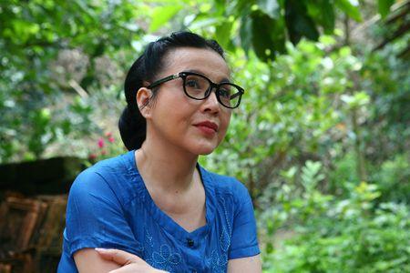 2 NSND cung ten Lan Huong doi dau voi vai me de - me chong - Anh 2
