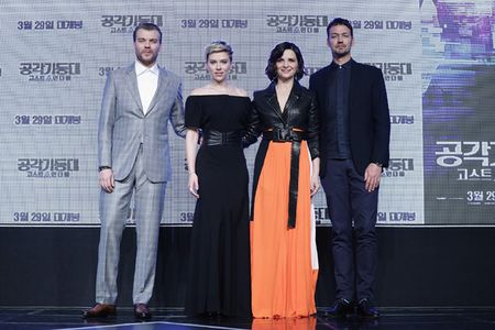 Scarlett Johansson la lam voi toc ngan - Anh 11