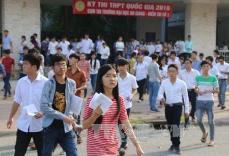 Thi THPTQG 2017: Khong con tinh trang it thi sinh dang ky thi mon Lich su - Anh 1