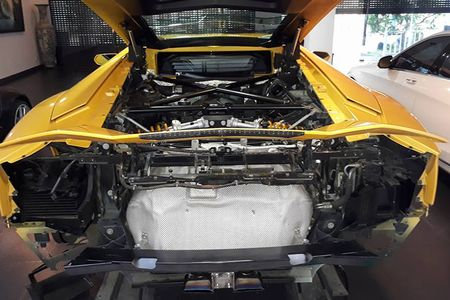 Lamborghini gia 25 ty do 'po khung' tai nha Cuong Do la - Anh 7